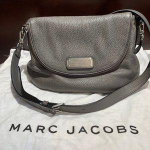 Marc Jacobs New Q Natasha Crossbody Grey